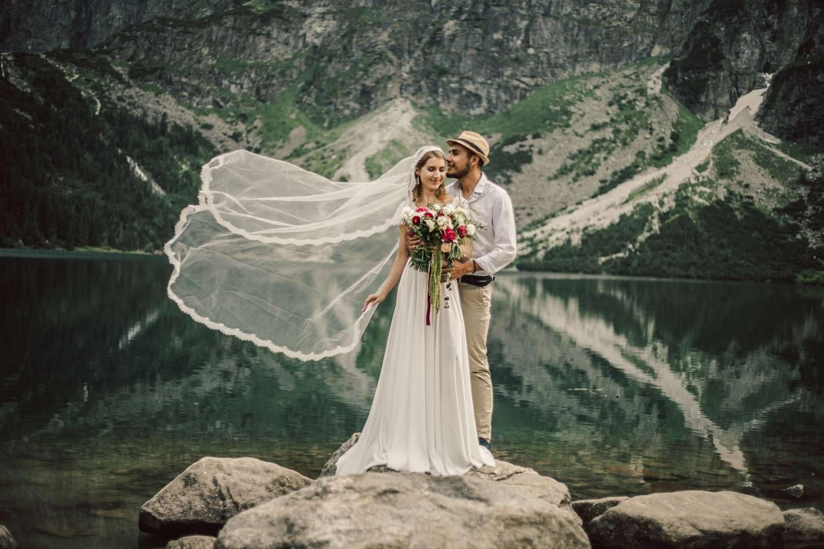 Sesja ślubna w górach, międzynarodowa para, fotograf z Krakowa.